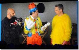 Adam Pisoni (l) und David Sacks (r) mit Jeff Teper nach der Übernahme von Yammer (Film von der SharePoint Conference 2012)